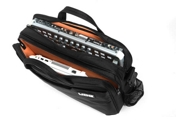 UDG MIDI Controller Bag Small Black/Orange Inside (U9011)