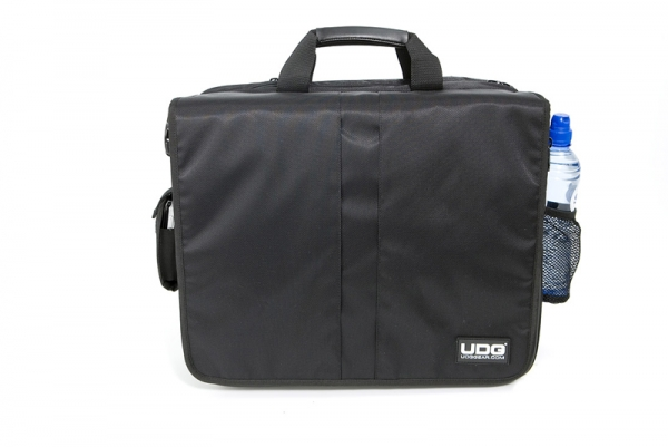 UDG CourierBag Deluxe 17 Zoll Schwarz/Orange innen (U9490BL/OR)